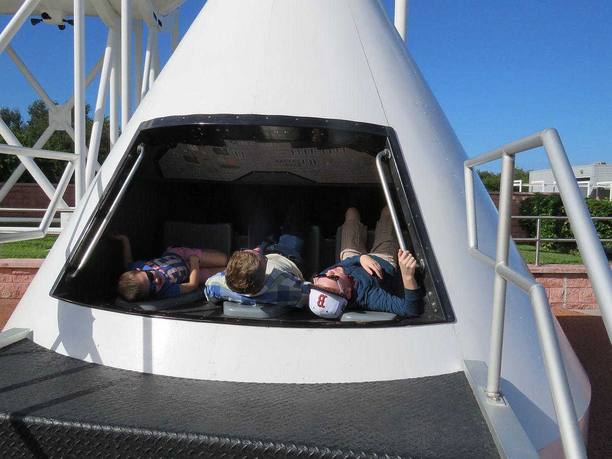 luke-ezra-and-jonah-in-the-first-capsule