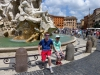boys-at-Bernini-fountain