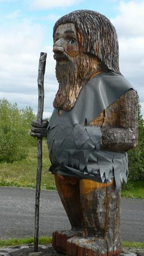Troll Statue unveiled